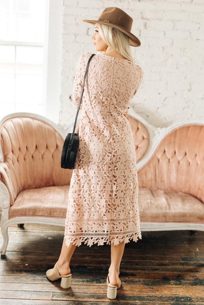 Sophie Crochet Lace Midi Dress in Pink