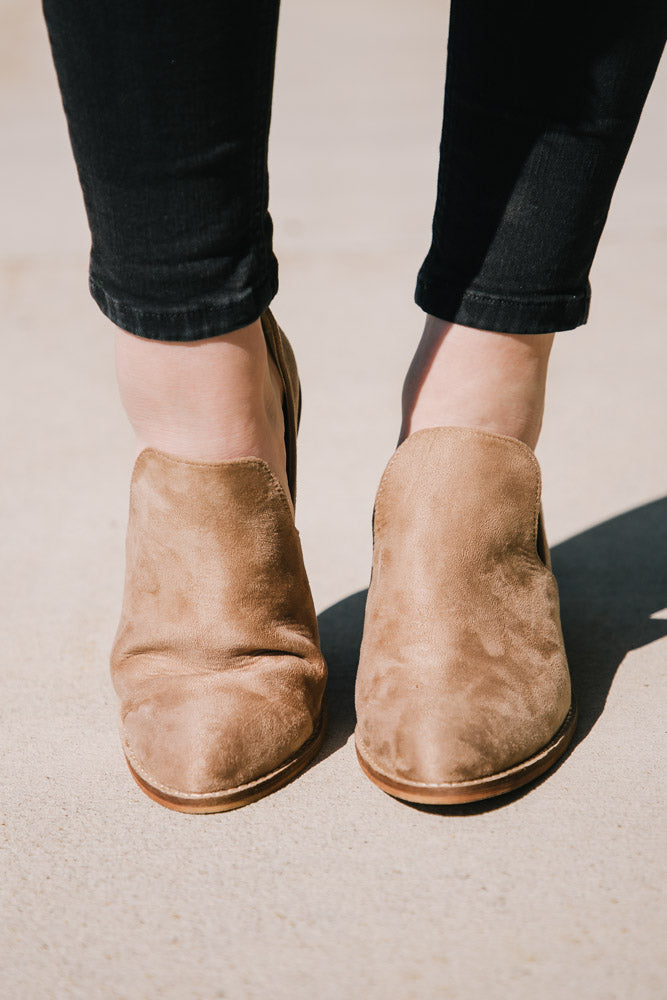 Taupe Boots Bohme