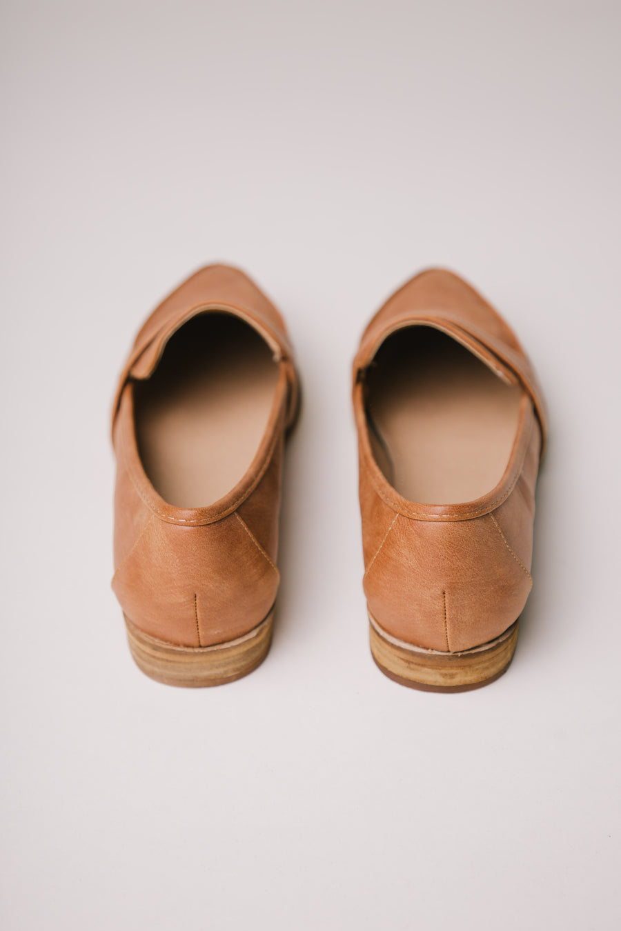 tan loafers bohme