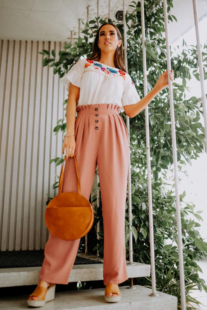 Harrison Button Detail Pants in Pink