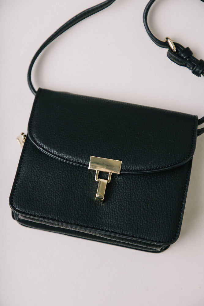 Liliana Shoulder Bag in Black
