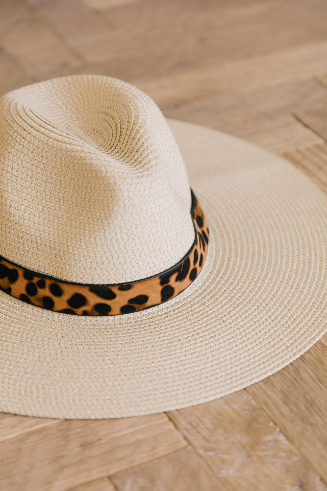 Leopard Band Straw Hat in Tan