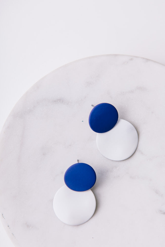Rain Drop Circle Earrings in Blue