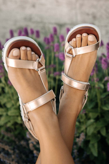 Rylie Sport Sandal in Rose Gold