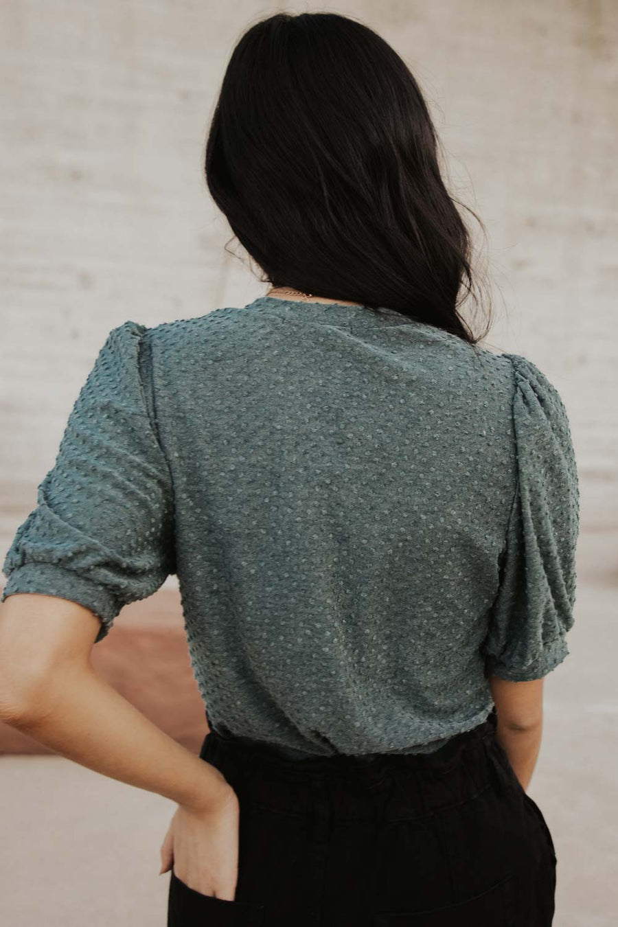 Textured Dot Puff Sleeve Tee in Teal