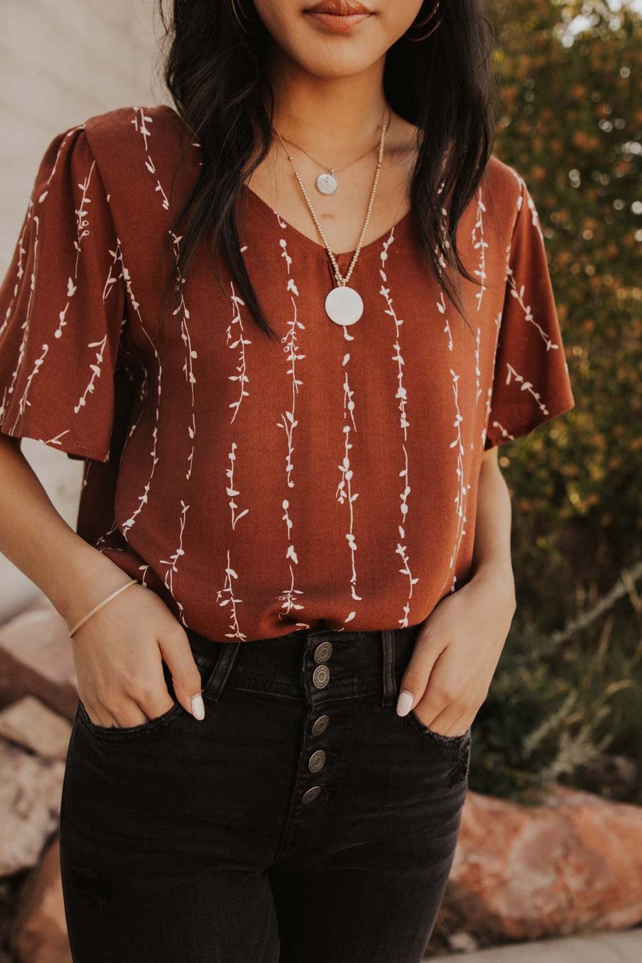 V-Neck Flutter Blouse in Vertical Vine Print
