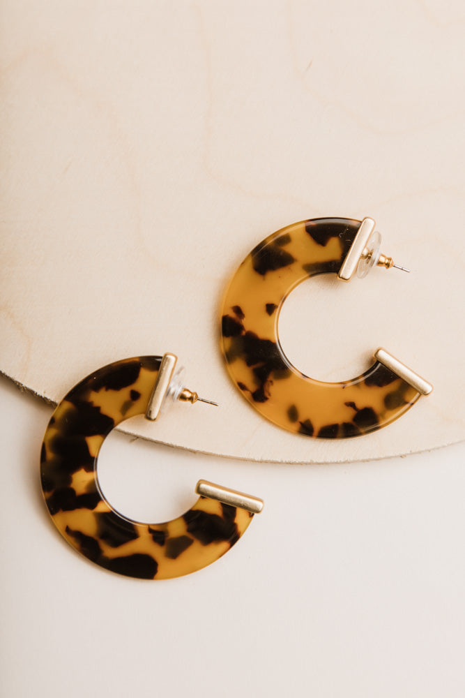Nia Tortoiseshell Earrings