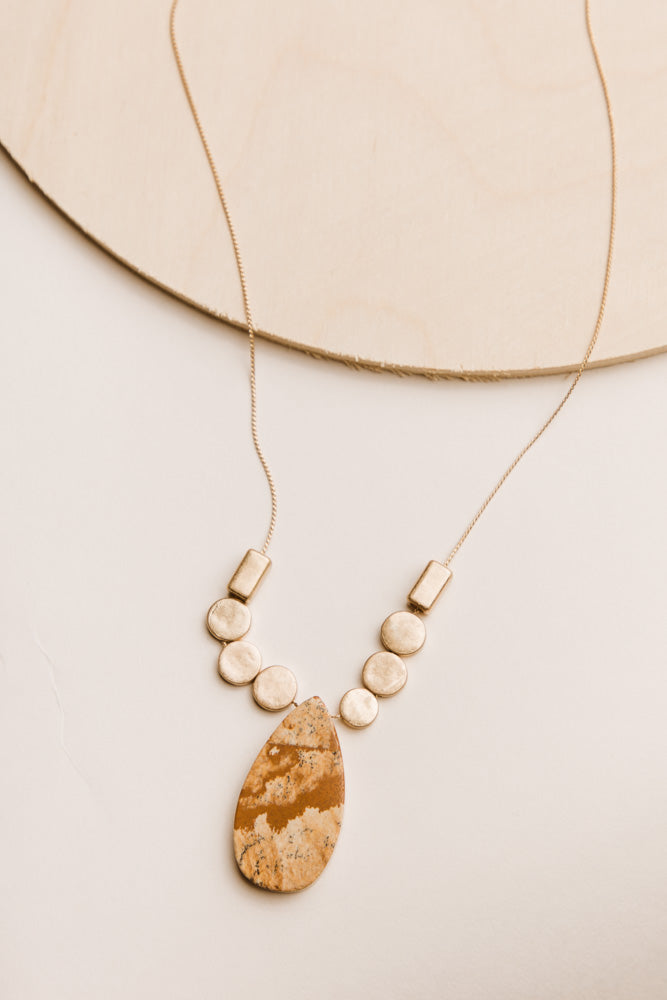 Cece Gold Necklace in Beige