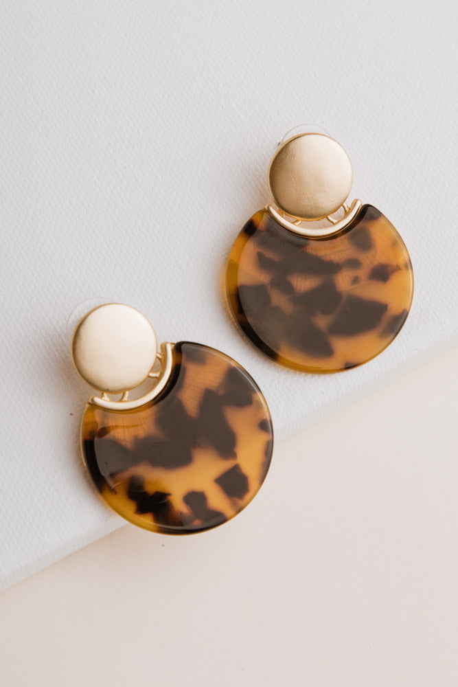 Round Dangle Tortoiseshell Earrings