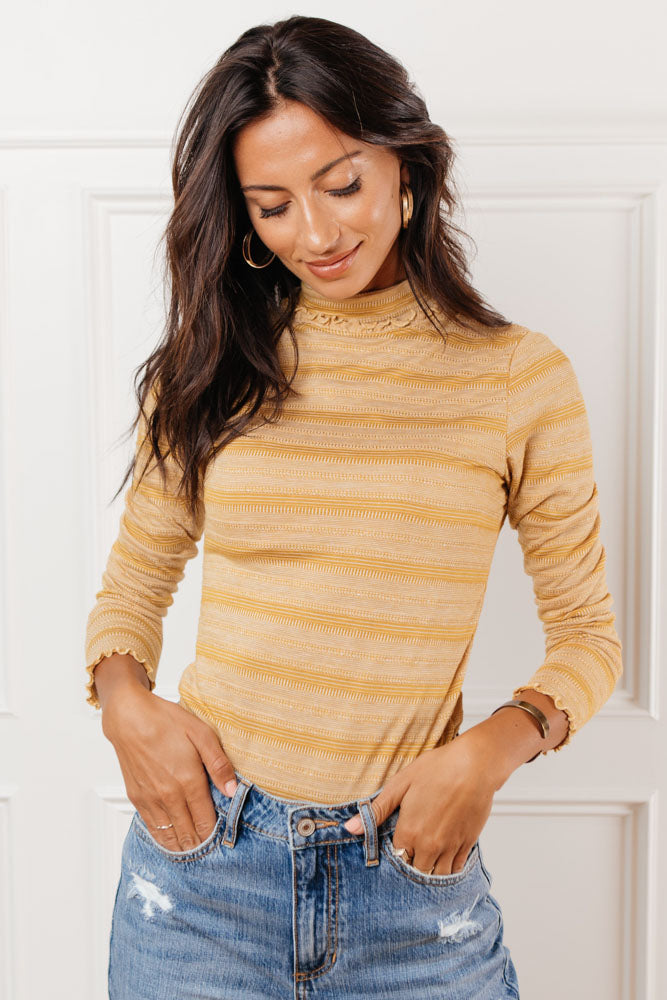 Elister Ruffle Turtle Neck in Mustard