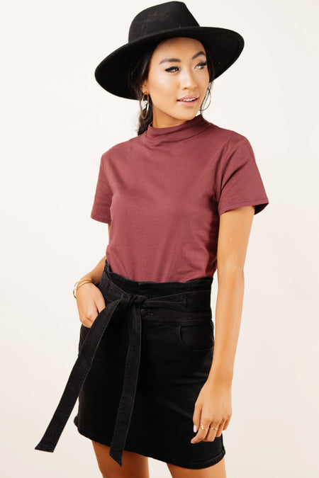 Clara Mock Neck Tee in Burgundy