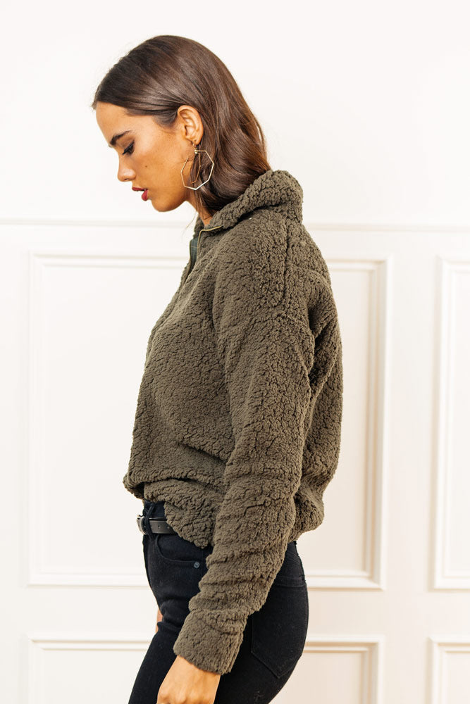 Teddy Pullover in Olive