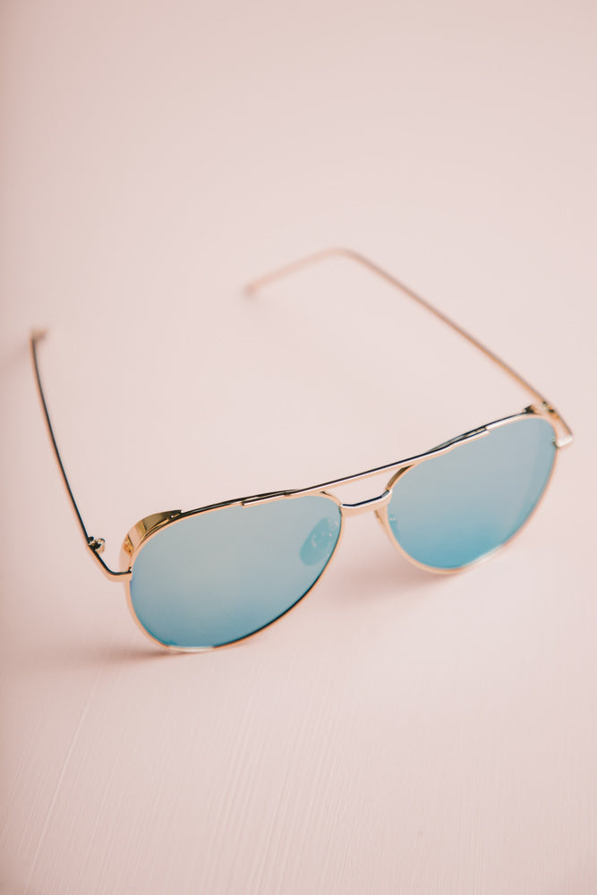 blue sunglasses bohme