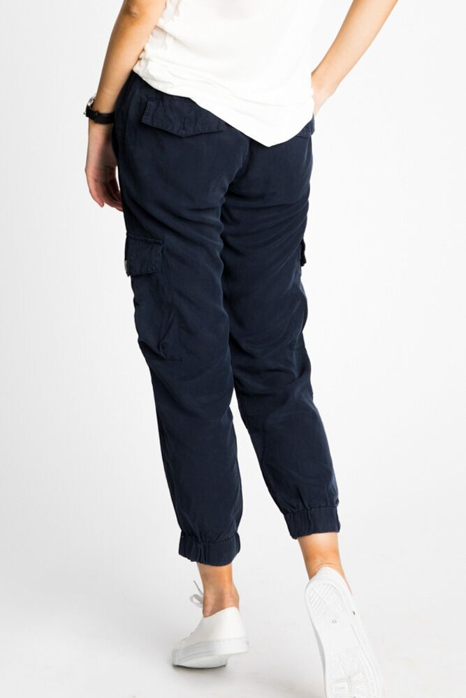Downtown Cargo Joggers in Navy
