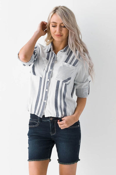 Straight to the Point Cropped Button Down
