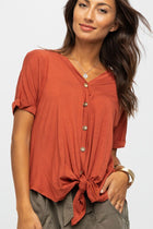 Cara Button Up Tee in Rust