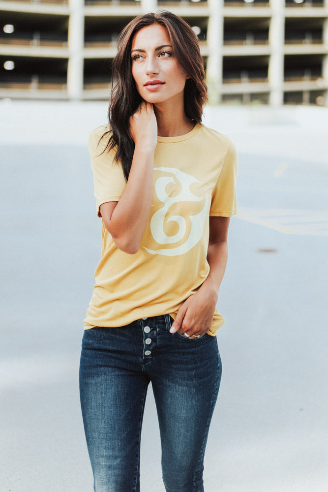 Ampersand Graphic Tee - Bohme