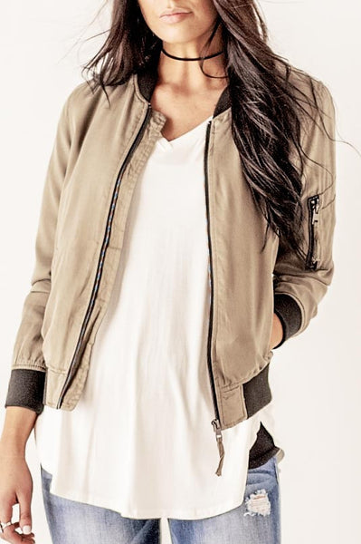 Two Contrast Bomber