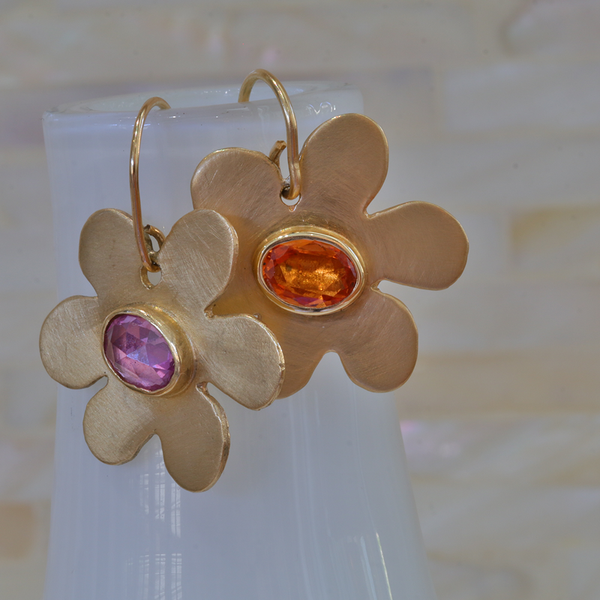 Daisy Sapphire Earrings - Lauren Sigman Collection