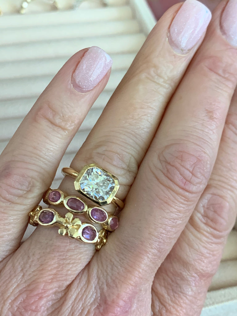 Oval Dahlia Band with Ceylon Sapphires - Lauren Sigman Collection