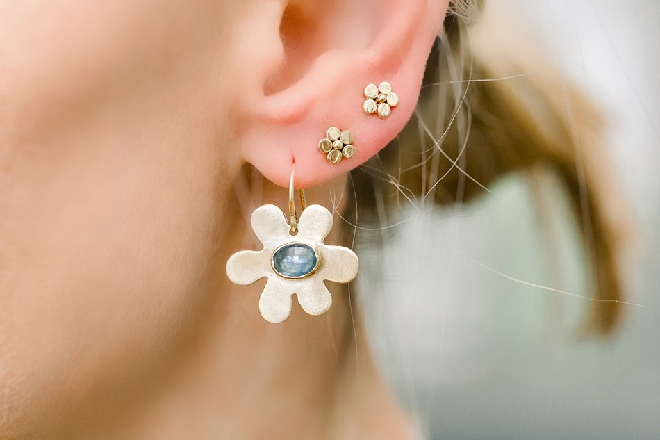 Daisy Earrings/Blue Sapphires - Lauren Sigman Collection