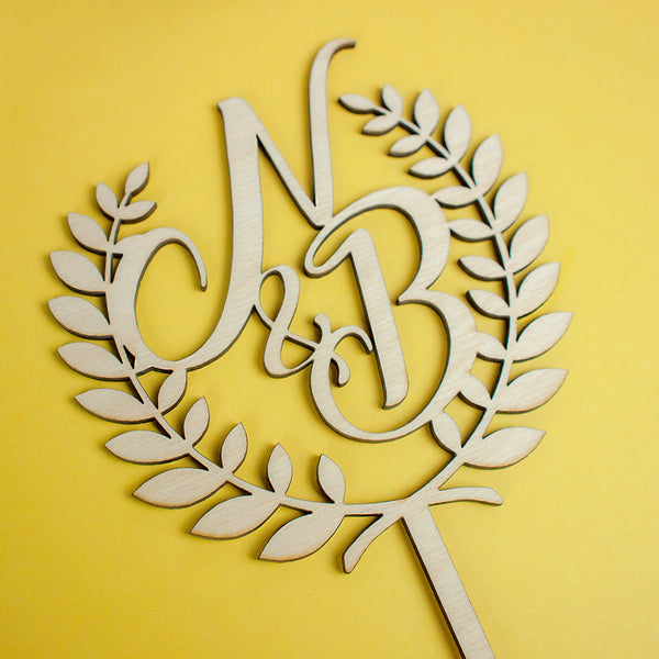 Personalized Laurel + Initials wood topper - www.boobaloo.com