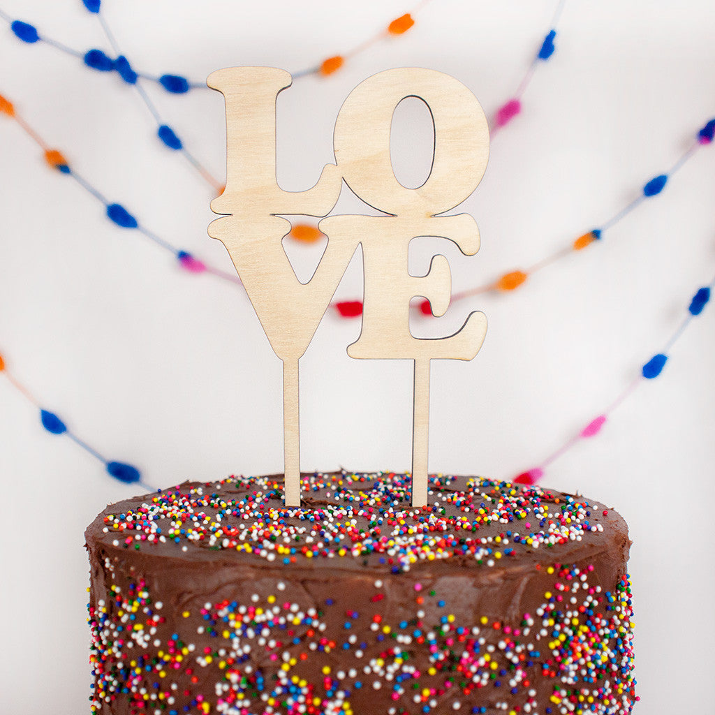 Love wood cake topper - www.boobaloo.com