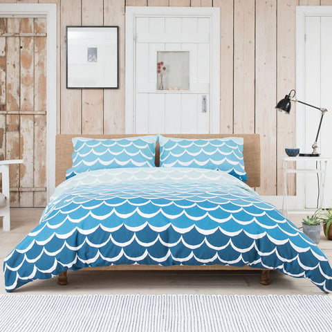 Blue waves bedding in a retro vintage style