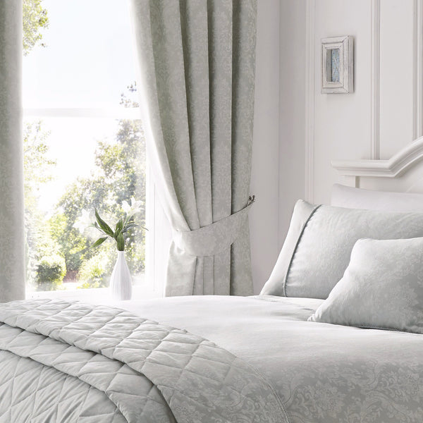 Laura Silver Damask Jacquard Bedding & Curtains