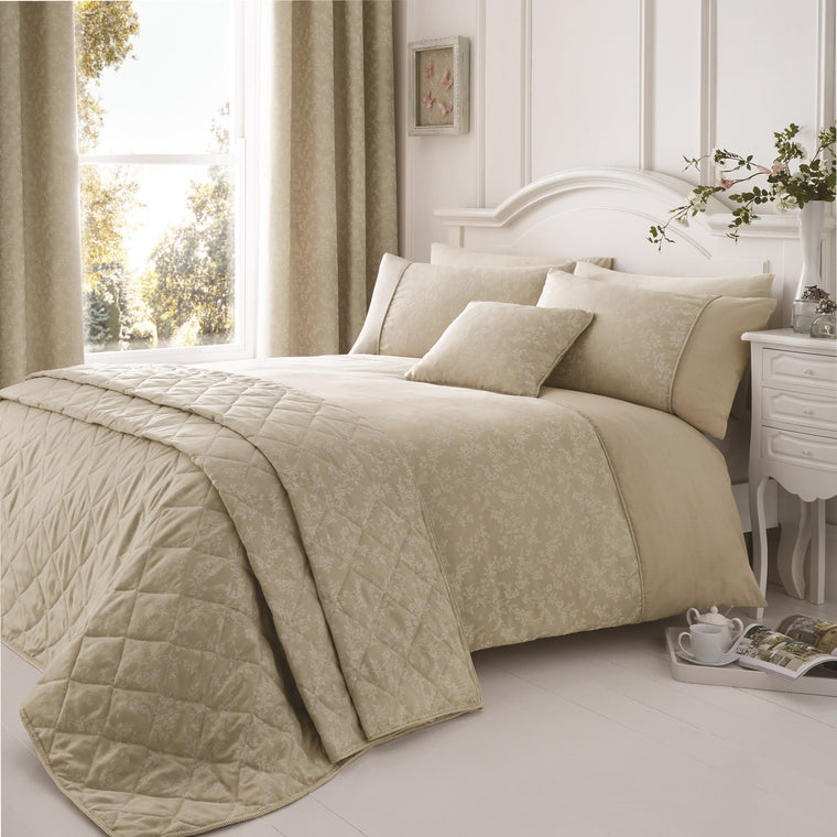 Bela Natural Floral Duvet Cover