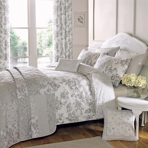 Button Street Farmhouse Greyscale Floral Duvet Cover