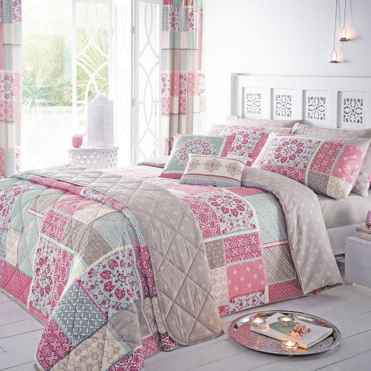 Button Street Farmhouse Pink Vintage Patchwork Duvet Cover