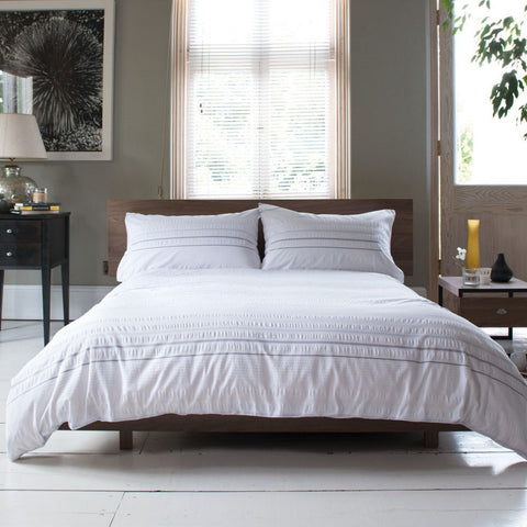 Carla Seersucker Stripe White Duvet Cover and Pillowcase set