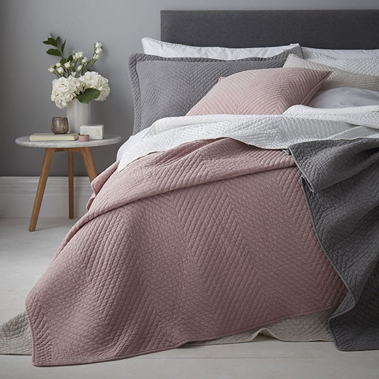 Stone Wash Diagonal Bedspread Blush