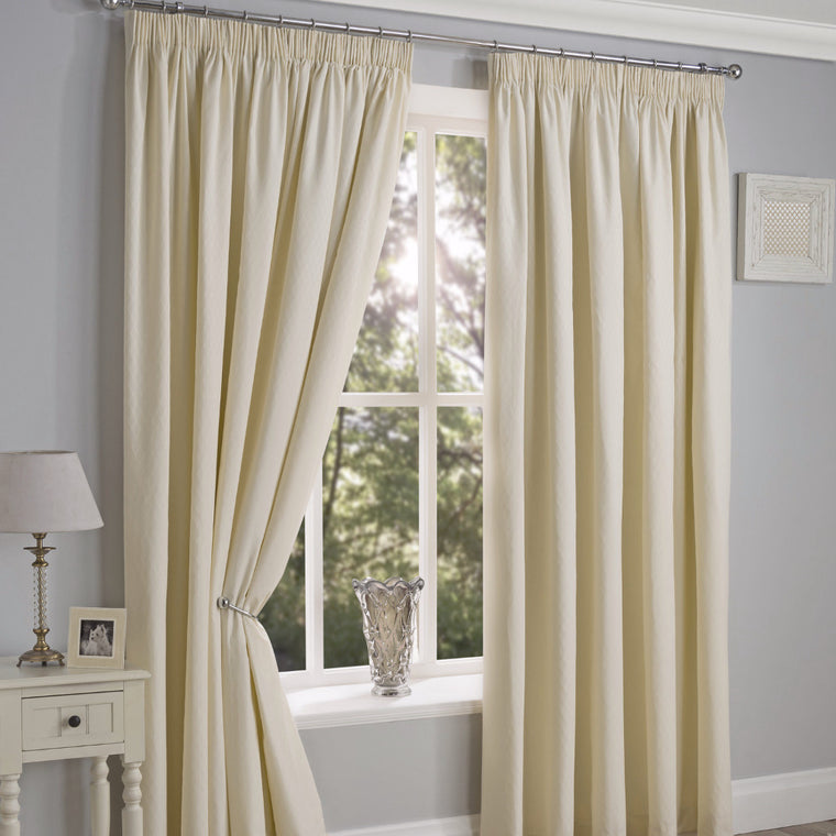 Cotswold Diamond Cream 90x90 Curtains