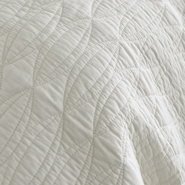 Cotton Casa Cream Bedspread/ Pillowsham