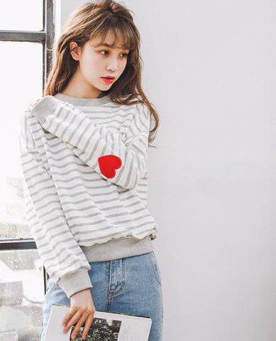 Harajuku Heart Striped Pullover - KawaiiKoo