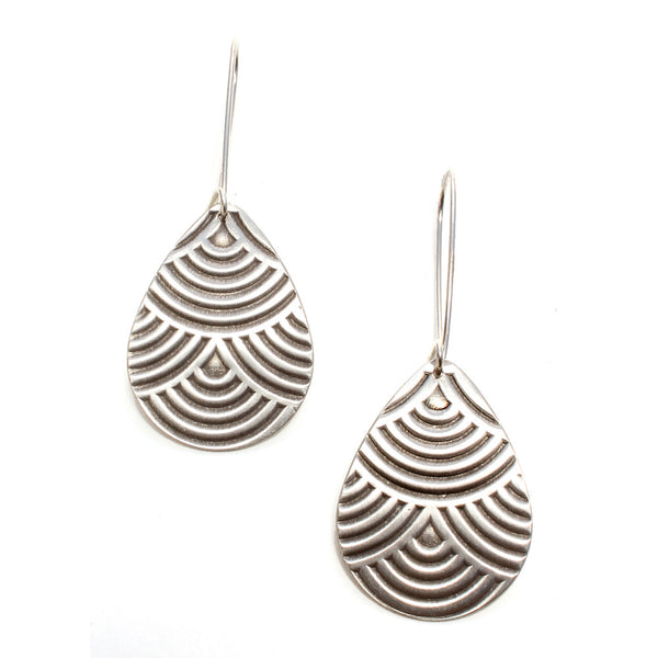Falling Rain | textured drop earrings