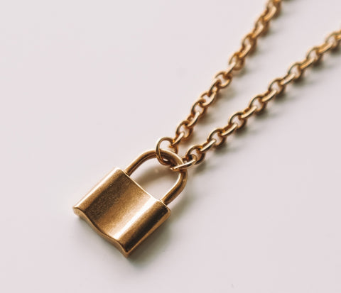 Lock-It Pendant - Gold