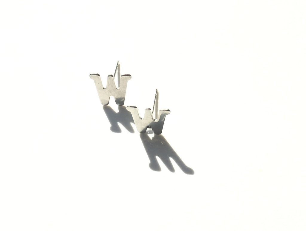 "Craft ""w"" stud earrings - Danielle Emon"