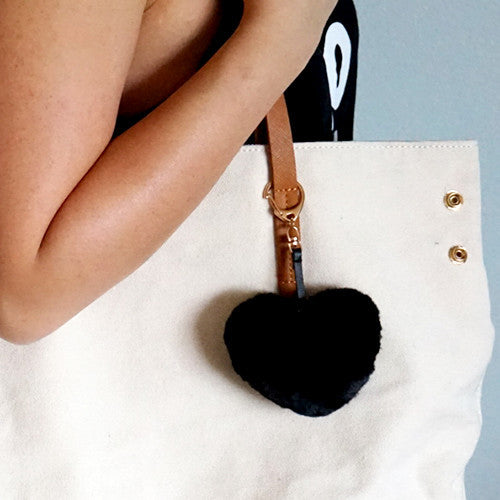 Black fluffy heart keychain