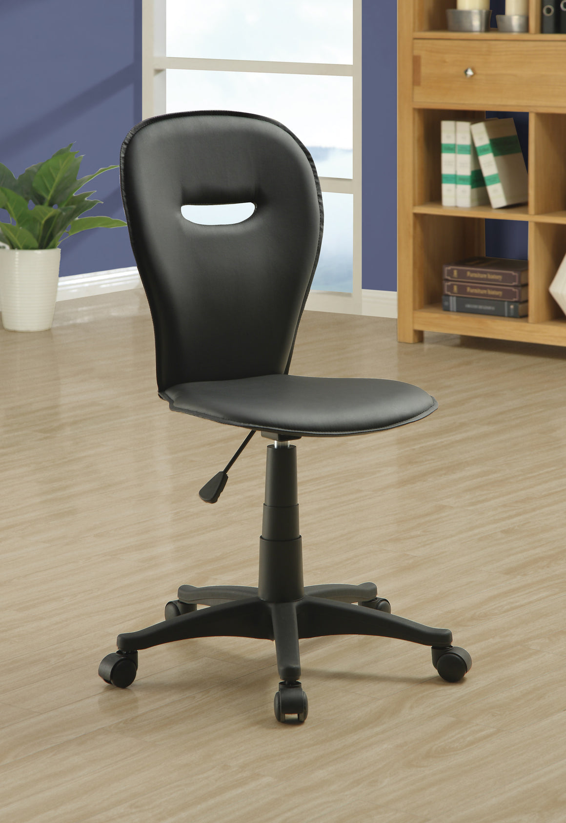Black Leather-look Fabric Casual Office Chair - TheOfficeFurnitureDepot