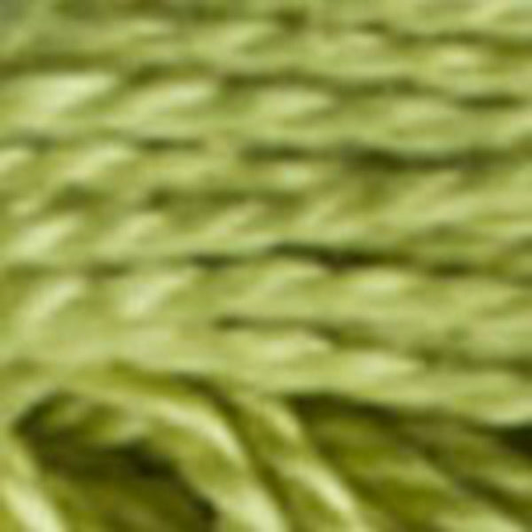 Perle No.5  3348 Light Yellow Green