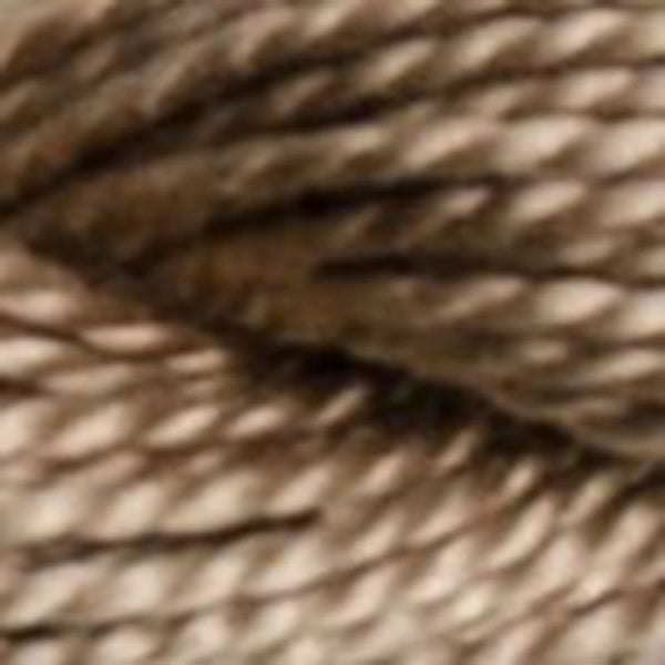 Perle #8 841 Light Beige Brown