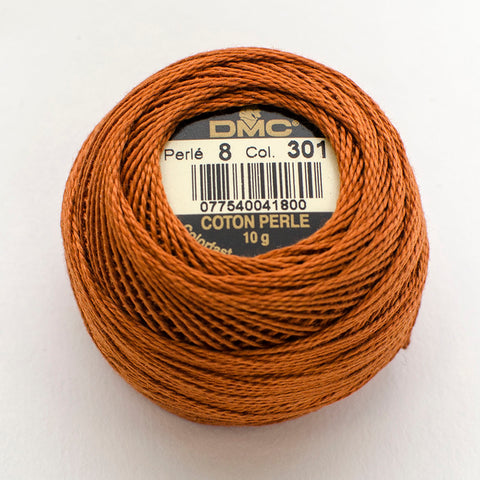 Perle No.8  301 Very Dark Mahogany