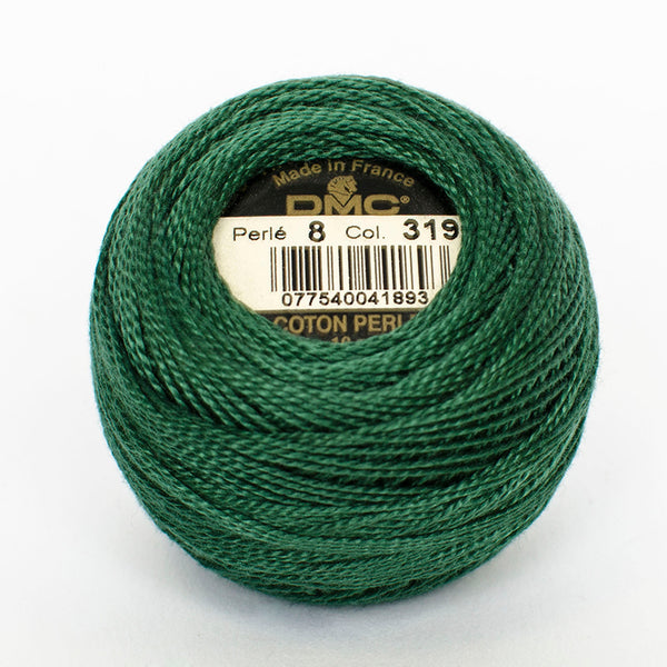 Perle No.8  319 Dark Pistachio Green