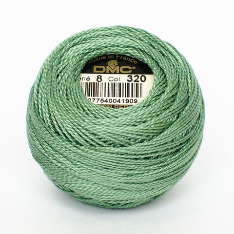 Perle No.8  320 Medium Pistachio Green