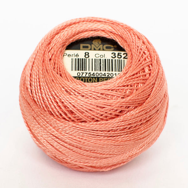 Perle No.8  352 Light Coral