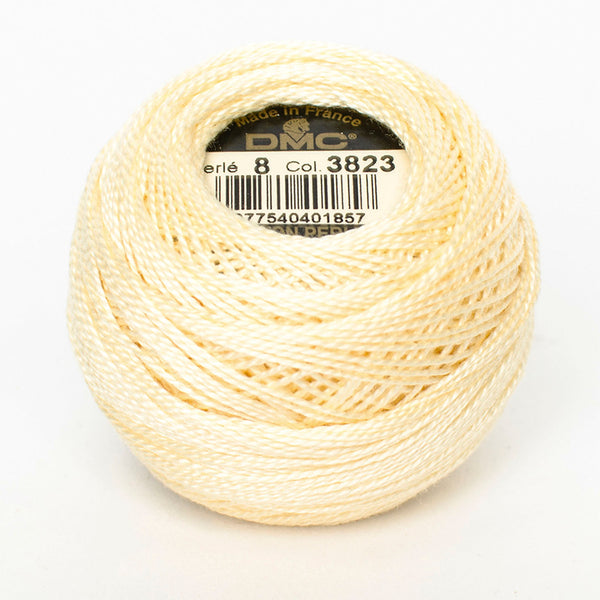 Perle No.8  3823 Ultra Pale Yellow