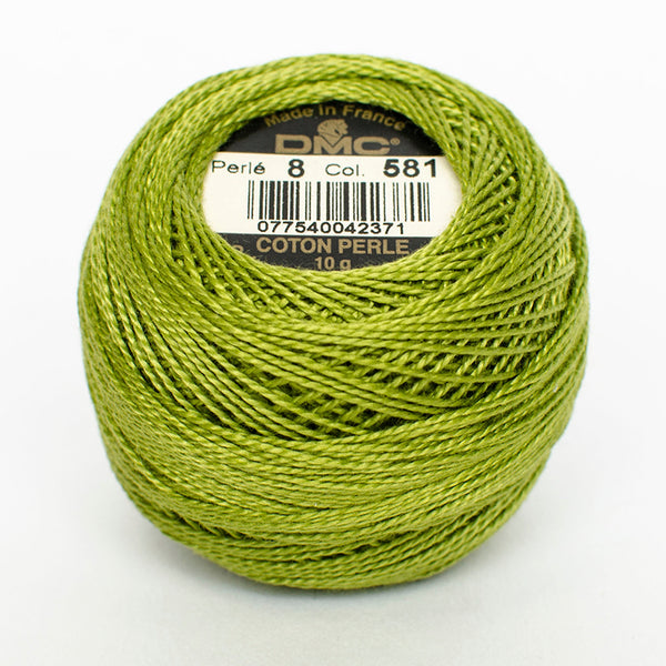 Perle No.8  581 Moss Green